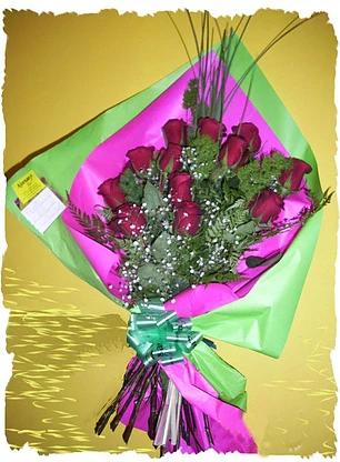 realizado  con  rosas importadas